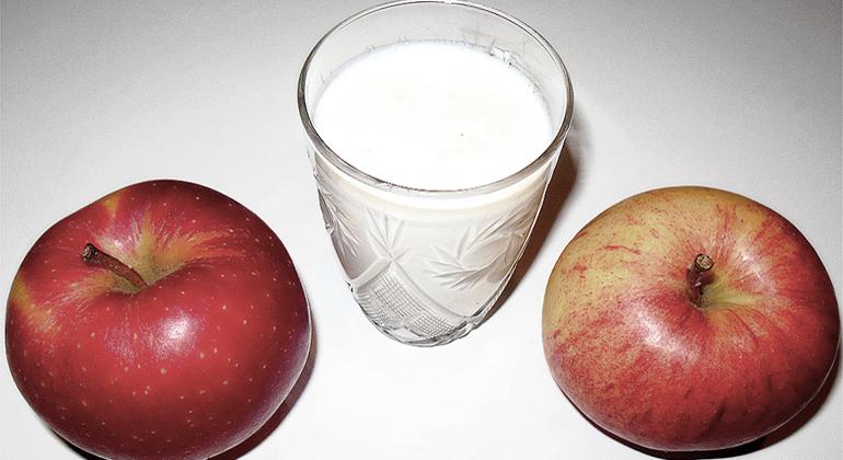 Яблоки кефир
