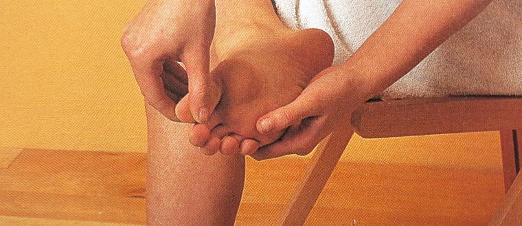 Разминание каждого пальца ноги