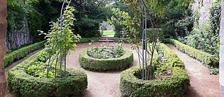 Сад аббатисы
