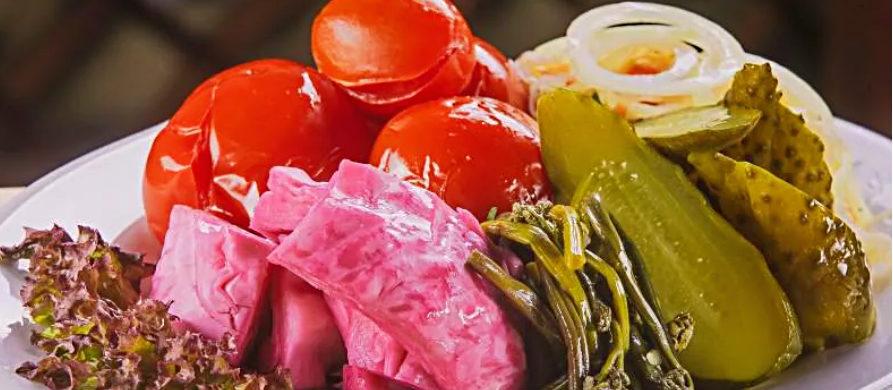 Квашеная капуста и другие овощи