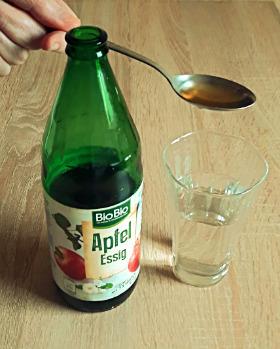 Ложка уксуса на стакан воды