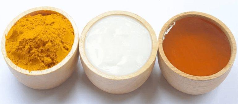 Куркума, мед и йогурт