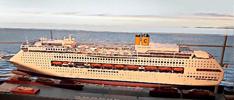Современный круизный лайнер