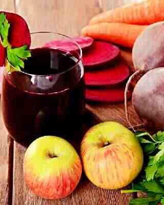 свекольный сок с яблоком, морковью