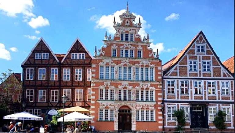 исторические здания штаде — дом бургомистра хинтце и другие