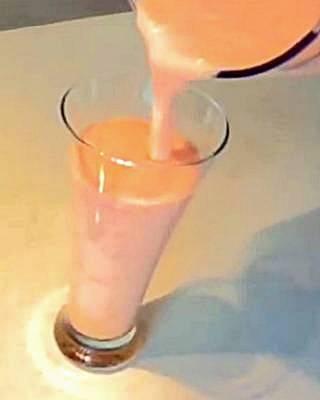 мангово-грейпфрутовый смузи